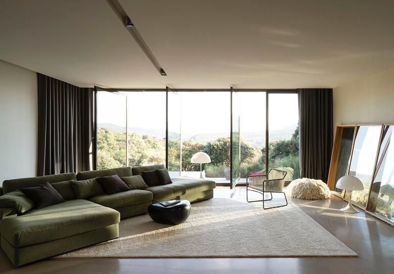 Interior Design With Rugs